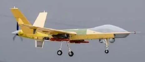 续航120小时,航程1万公里,彩虹5变身洲际无人机,超过轰6