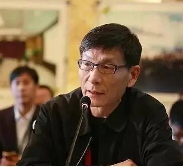 朱�F基之子:犀利点评当前中国问题