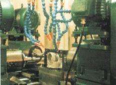 单工位四面加工组合机床