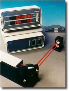 MCV-2002直�、角度、真直度、平面度及直角度校�系�y